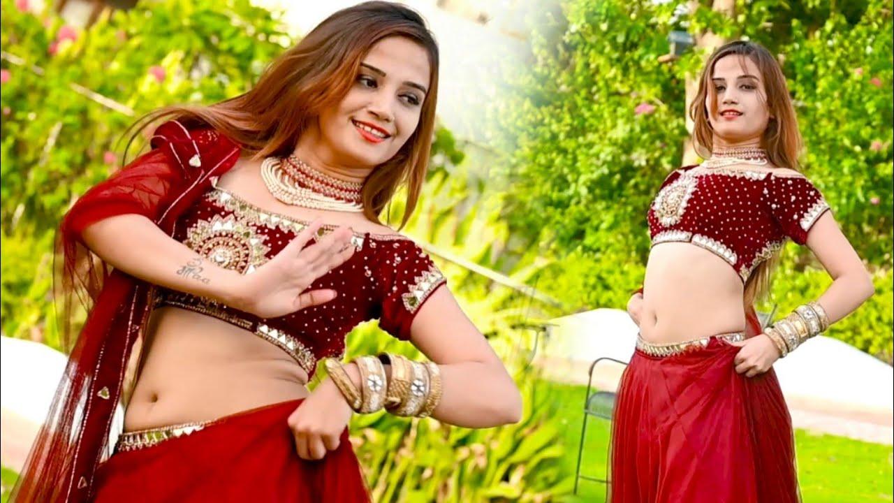 शहर करोली से लहंगा लाई नादौती से बेस || Komal Rangili dance | Lokesh Kumar rasiya |Rajasthani Rasiya