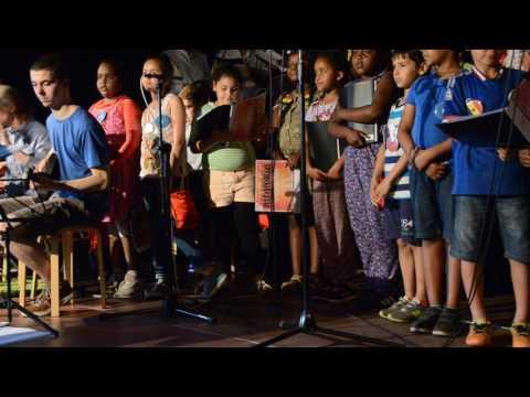 Funky Fabolishes Fabota Family - Blitzkrieg bop