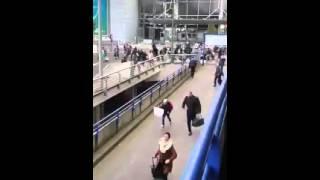 انفجاران يهزان مطار بروكسل في بلجيكا
