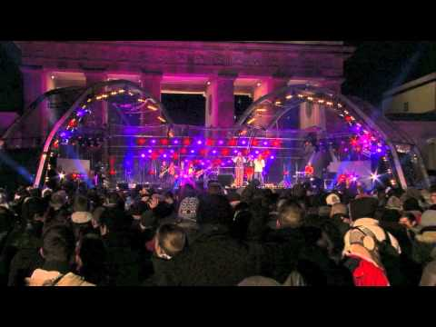 Hermes House Band I WILL SURVIVE Live in Berlin