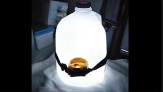 TURN A 4L JUG OF WATER IN TO A LIGHT BULB. :)