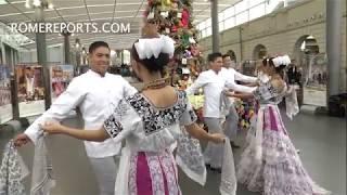 Artesanos de México preparan artesanías para la Navidad del Vaticano