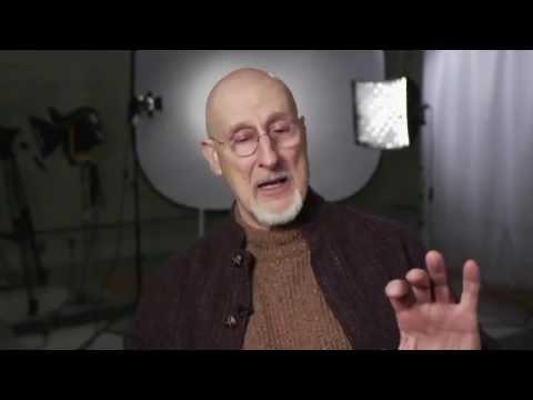 BEST STORY EVER: James Cromwell Explains How A Pig Changed His Life