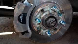 Замена передних тормозных колодок Авео