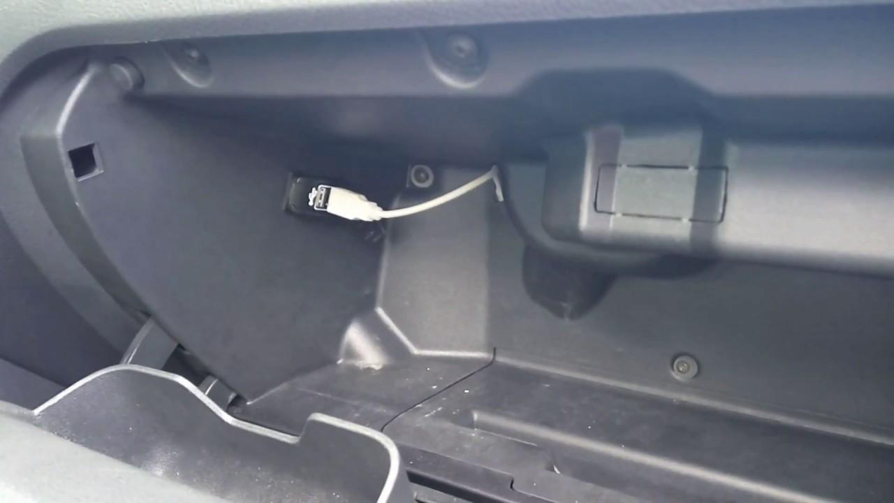 USB розетка в Бардачке поло седан