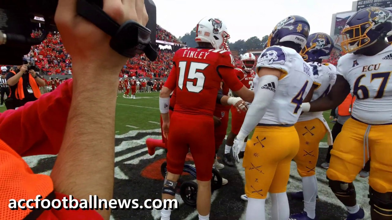 Coin Toss Before Nc State Vs East Carolina Football Game 12 1 18