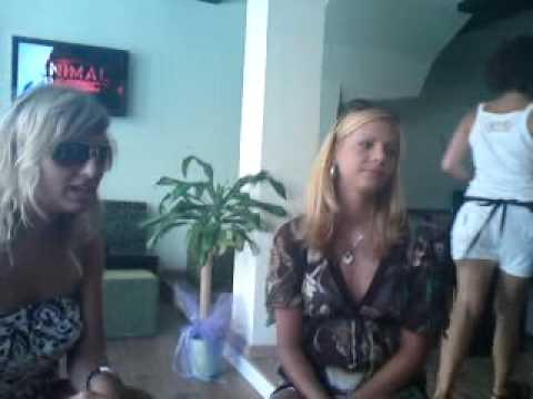 Slovakia girls in Nidri