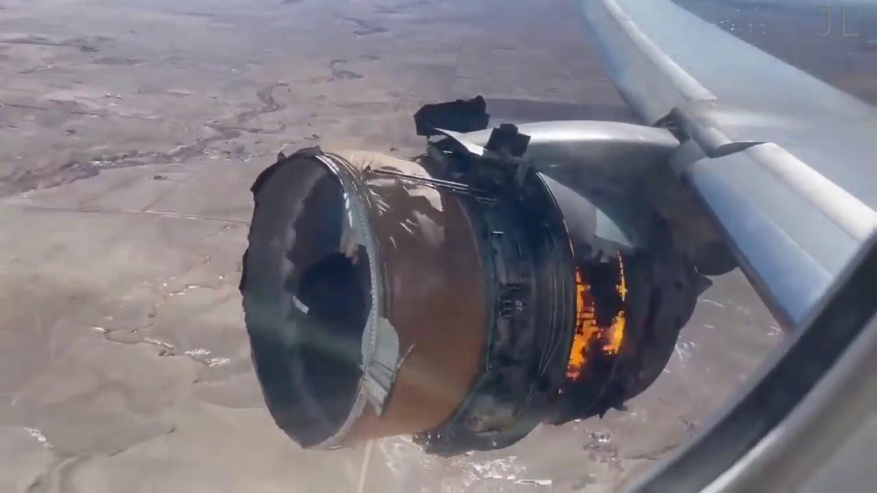 Boeing 777 Engine Failure, Fallo de motor, desprendimiento de Aspa del motor derecho (Álabe)