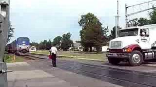 Amtrak Empire Builder #8 being flagged and a stupid semi!