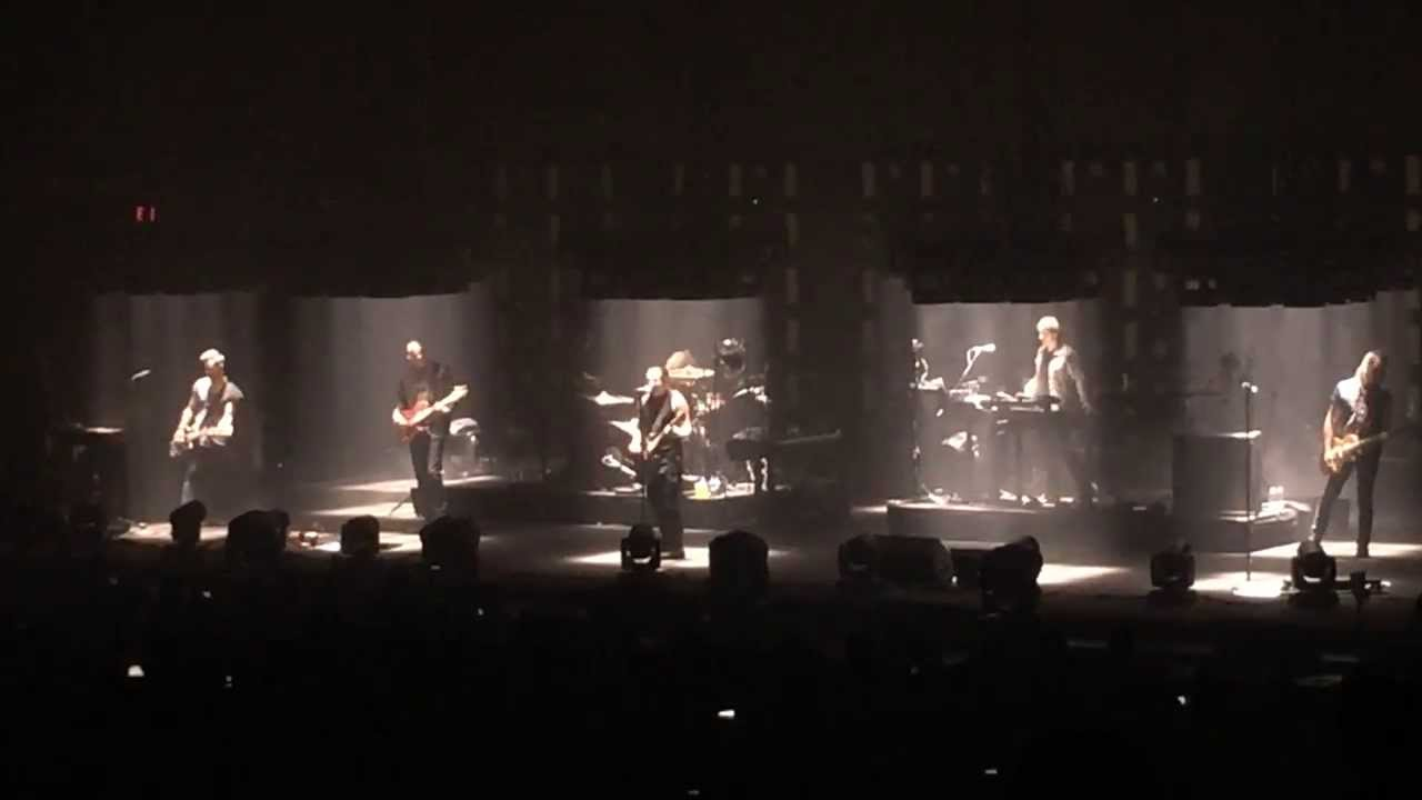 Nine Inch Nails - Terrible Lie live at Chaifetz Arena 10/2/2013 ...