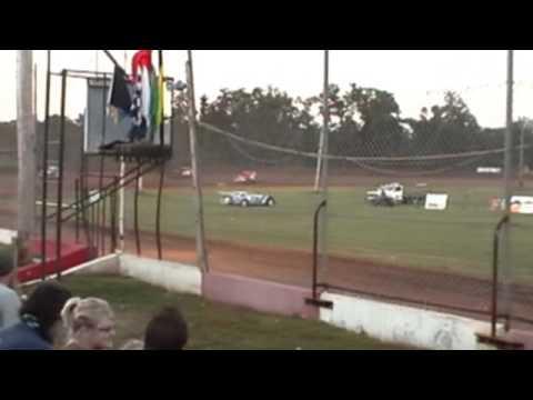 Monett Speedway Late Model Heat Race 7-26-09