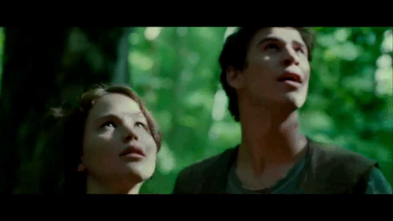THE HUNGER GAMES - TRAILER(GREEK SUBS)