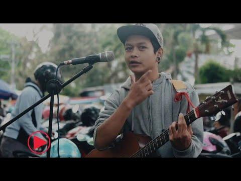 Payung Teduh - Akad Menikahlah (Cover Pengamen Malang Bikin Cewek Meleleh)