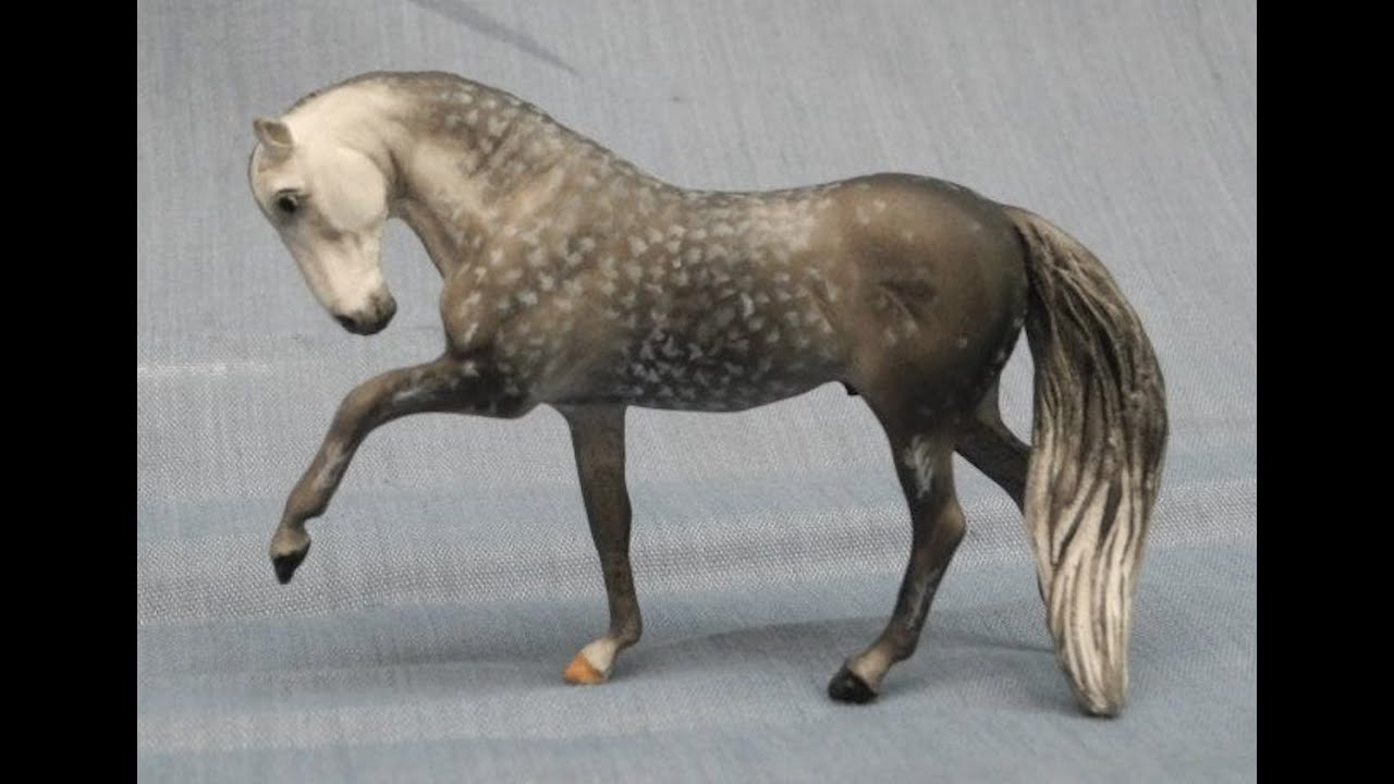 Painting A Dappled Grey Model Horse  Tutorial Series, Part 4