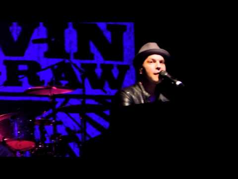 Gavin Degraw All I want for my birthday- lets get it on Stockholm  2012. Funny :)
