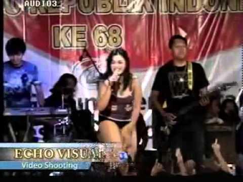 Dangdut OPLOSAN  - terbaru 2014 penyanyi HOT.mp4