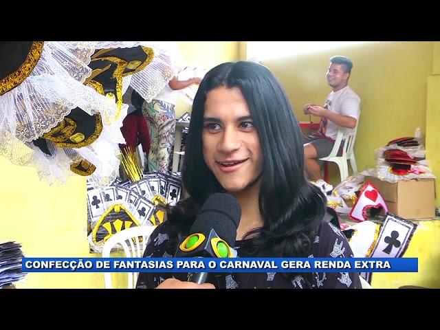 Confecção de fantasias para o Carnaval gera renda extra