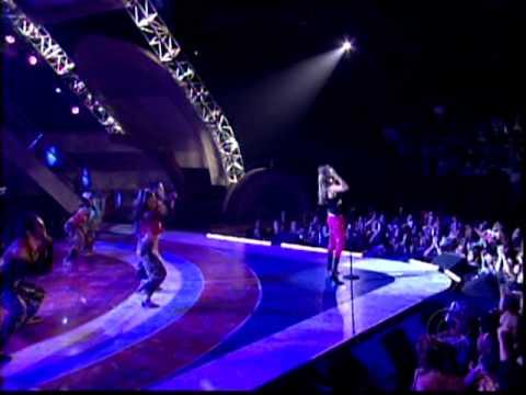 Thalia - A Quien Le Importa (Live Latin Grammy 2003)