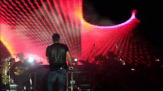 Antonis Remos - Kleista Ta Stomata (Live @ Paraga, 14/08/2011)