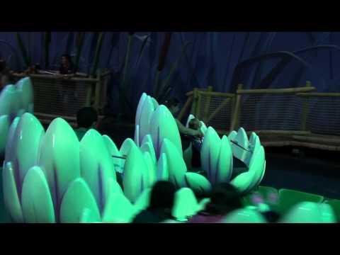 Plopsaland de Panne 2012 - Met mama in de dansende lelies