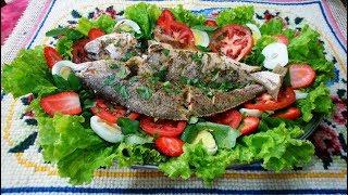Receita de Peixe Assado com Salada