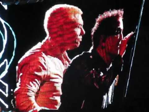 U2: One Tree Hill Auckland 25/11/10