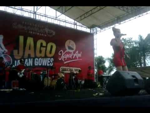 Dangdut Jurus Jitu (Jurus69) Ana deCat - Live 2012