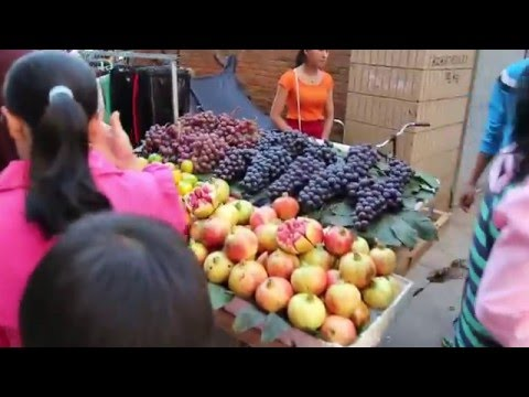 China Vid #7 Walking around in Kunming, China