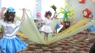 Танец с шарфами