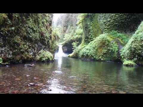 metlako-and-punchbowl-falls-hike---columbia-river-gorge