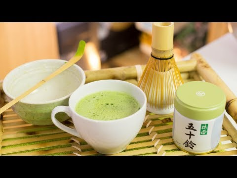 How to Make Traditional Matcha + Easy Way to Make Matcha Green Tea