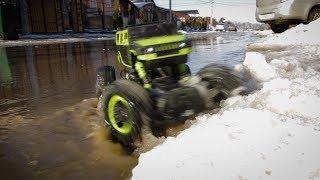 Испытание радиоуправляемого джипа на снегу и в воде