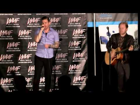 "Shinedown Performs ""45"" For WAAF"