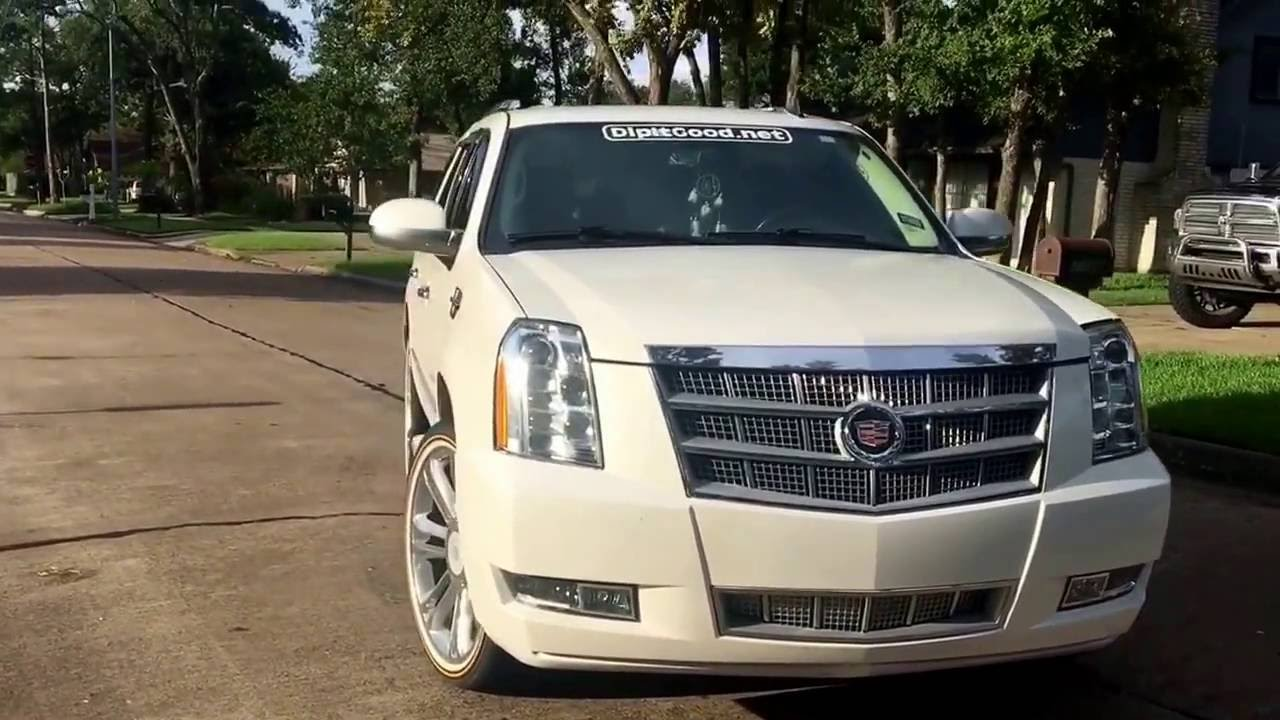 Autoflex Cadillac Escalade In White Diamond With Gloss