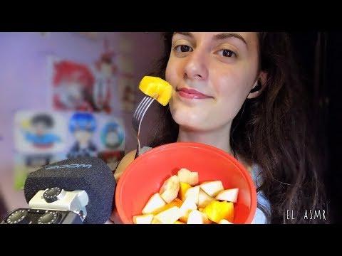 ♡ASMR español♡ COMIENDO FRUTA♥🍑 (susurros, eating sounds)