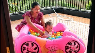 Unboxing Kolam Renang Mobil Mobilan - Balita Lucu Mandi Bola Warna Warni - baby learning colors