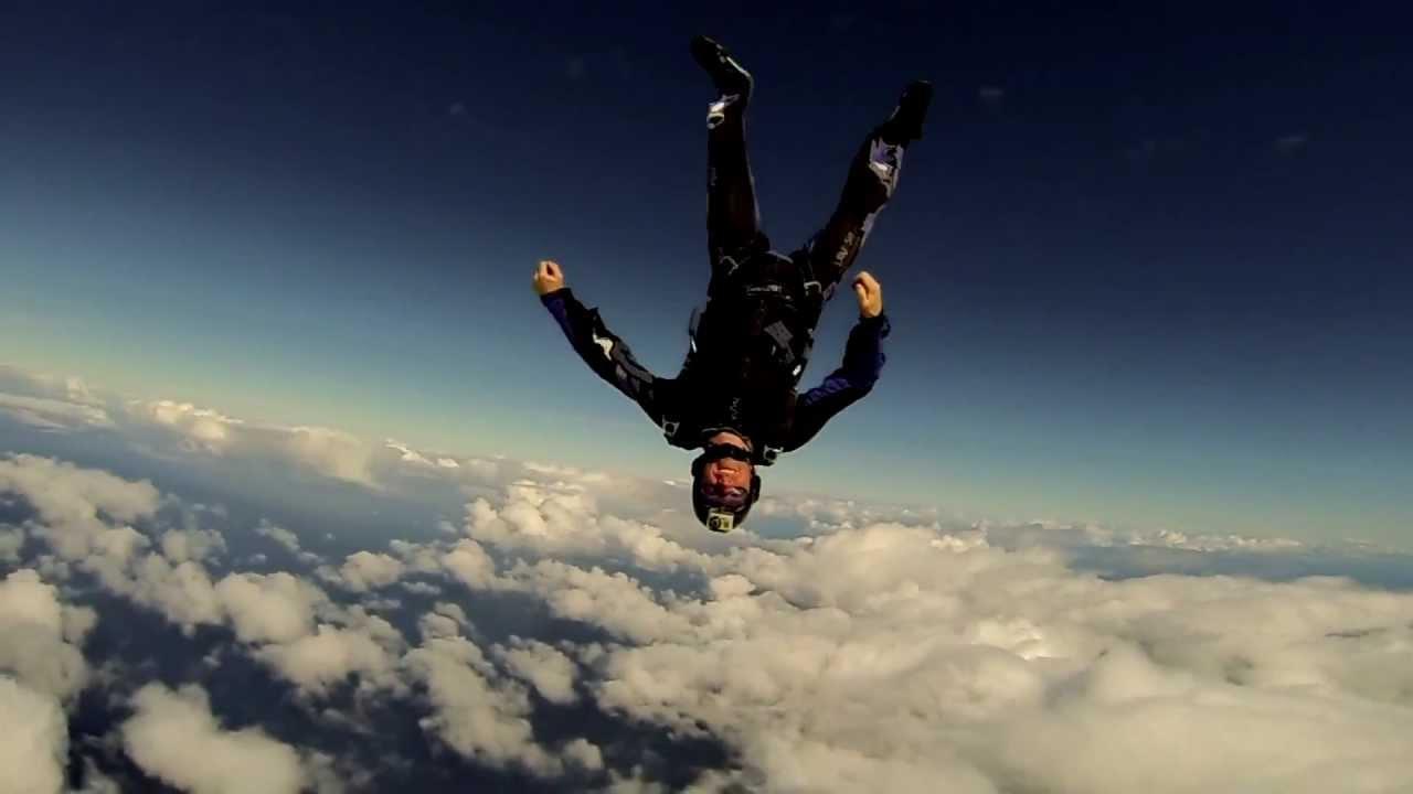 GoPro Hero3 Black Edition - Dec. 2012 - Skydiving in ...