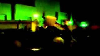عاجل:شبيحة بشار الأسد تهاجم السفارة السعودية و القطرية