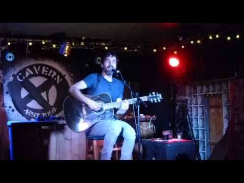 Mark Morriss (ex Bluetones) - Sleazy Bed Track - Exeter Cavern