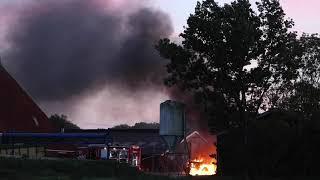 Tractor verwoest door brand Smallebrugge