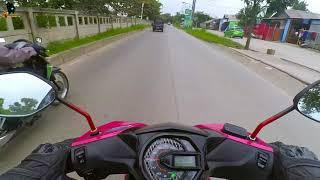 Riding naik Honda beat pink cari minyak rem mobil