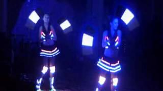 Светодиодное шоу Dream Lights Дуэт.avi(Огненное, светодиодное, пиротехническое шоу на любое торжество! +7 701 733 94 23 +7 707 35 000 76 http://dl-show.kz http://www.facebook.com..., 2011-03-13T19:38:17.000Z)