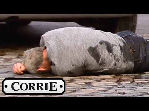 Kate Hits Robert With Her Car! - Coronation Street