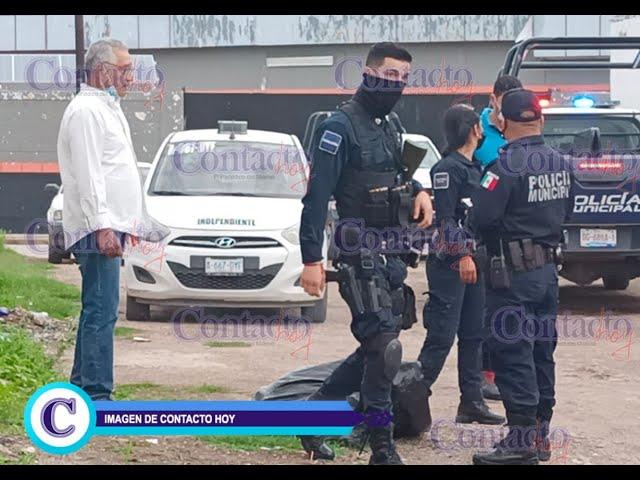🚨🚨 Asaltan a taxista y le dan un 'postazo' en la frente; ladrones huyeron