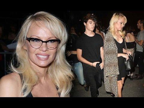Pamela Anderson in plunging LBD hits Alexander Wang NYFW show thumbnail