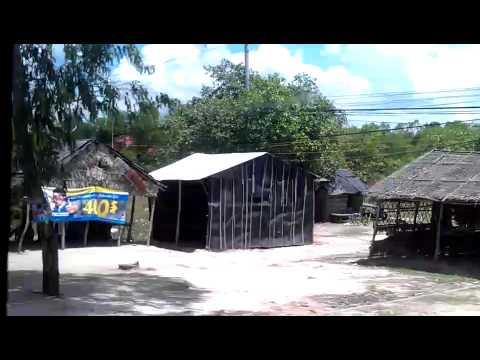 Net de grens over bij Moc Bai van Vietnam naar Cambodia , 1