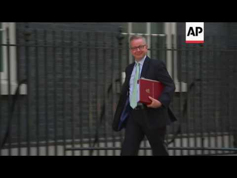 UK cabinet hold talks at Downing Street
