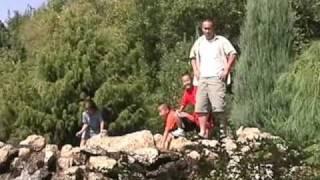 Family  2004 Zoo li nrog koj nyob ua ke