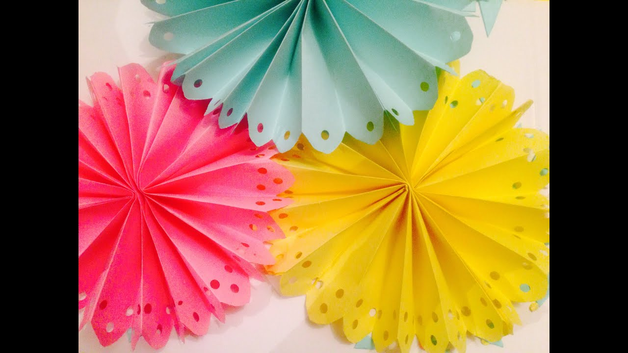 diy decorated paper fan backdrop / wedding party decorations easy