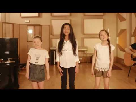 Kids united - J'ai Demandé À La Lune ( Acoustique - Officiel )